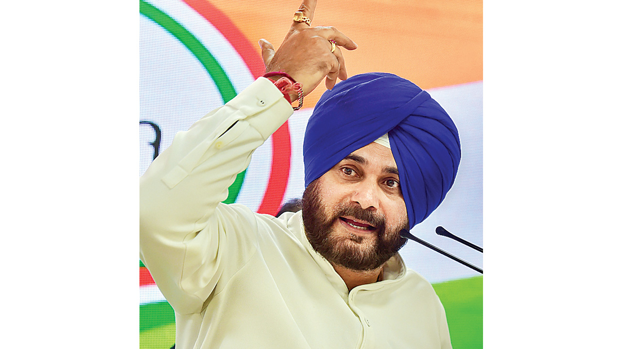 Navjot Singh Sidhu's curtain call: Resigns from Punjab Cabinet