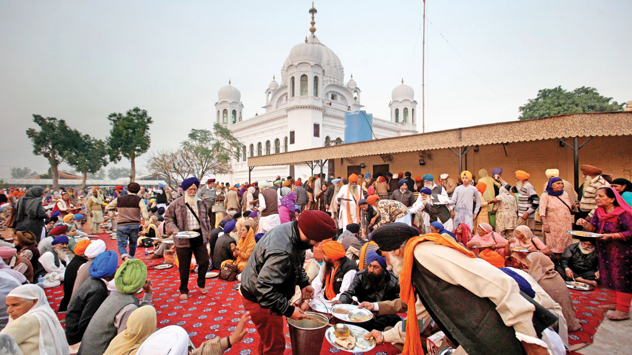 Politics doesn't spare even Kartarpur shrine
