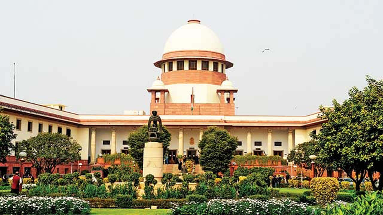 Supreme Court to hear delay in Justice Akil Kureshi's elevation