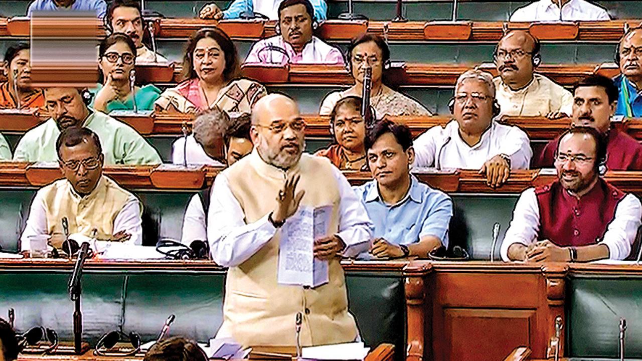 Amit Shah, Smriti Irani to occupy first row in Lok Sabha
