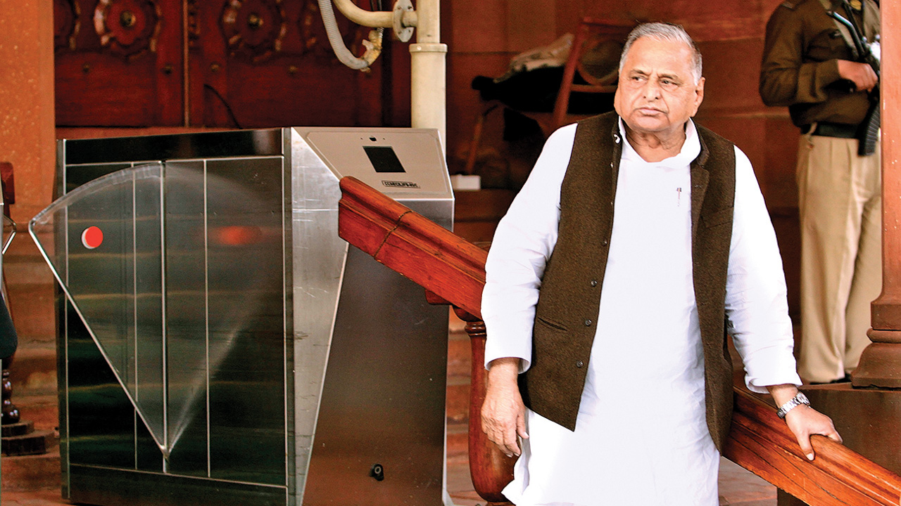 DNA EXCLUSIVE: Mulayam Singh Yadav gave forged documents in SC to claim clean chit in disproportionate assets case