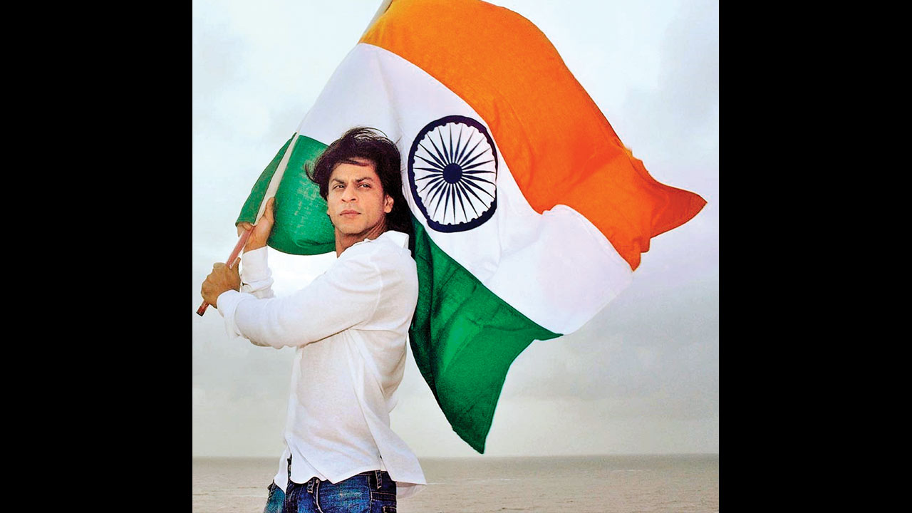 Naya desh, nayi soch! Shah Rukh Khan's 'Ted Talk India' to distribute Indian National flags with seeds embedded in them