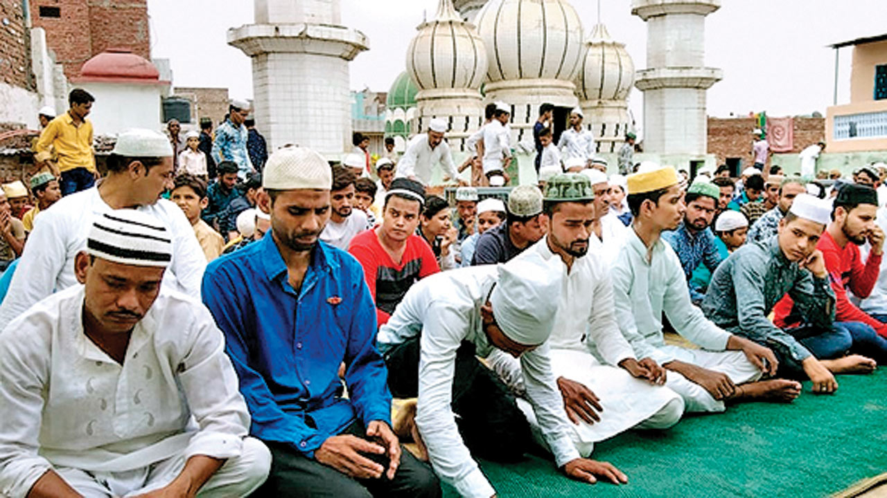 'Namaz at public places to be banned across UP', says DGP Om Prakash Singh