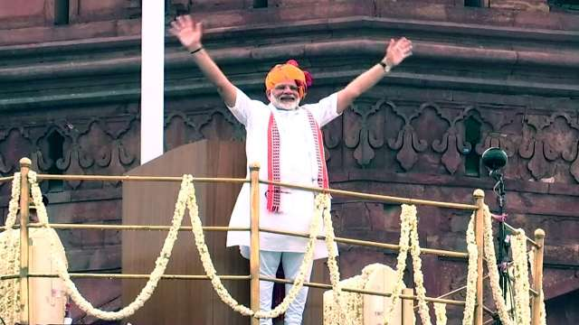 Twitter hails PM Narendra Modi appeal to tour 15 places