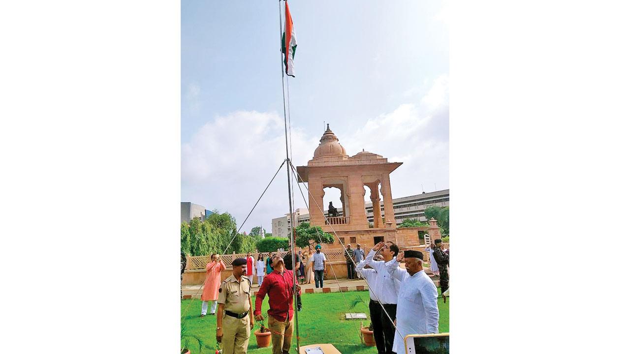 'Modi hai to mumkin hai', says RSS chief Mohan Bhagwat at Nagpur function