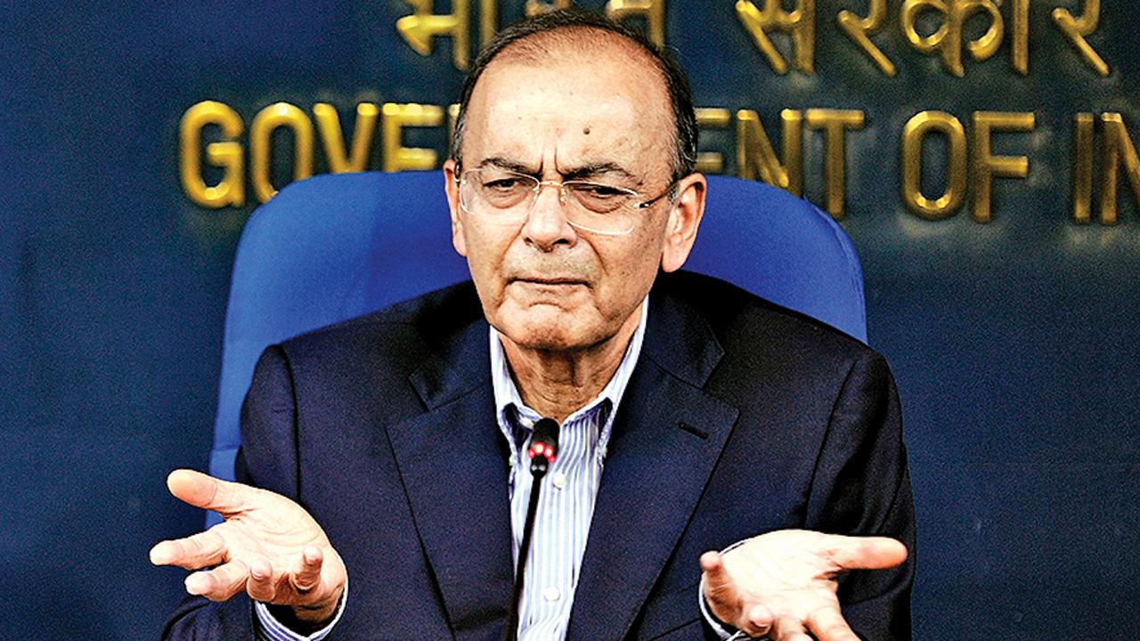 Ex-FM Arun Jaitley critical at AIIMS, say doctors