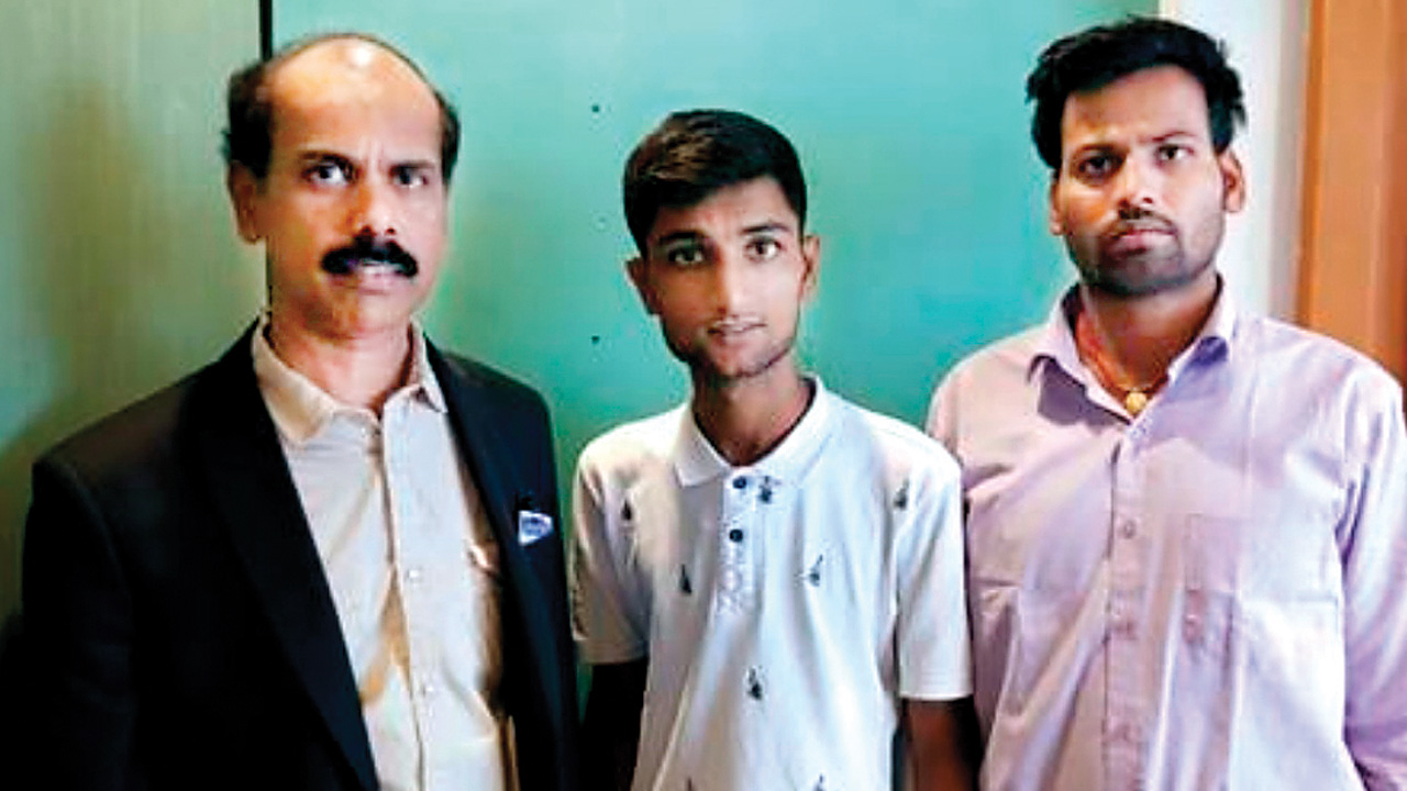 Detained at Beirut airport, Mulund boys return home safely