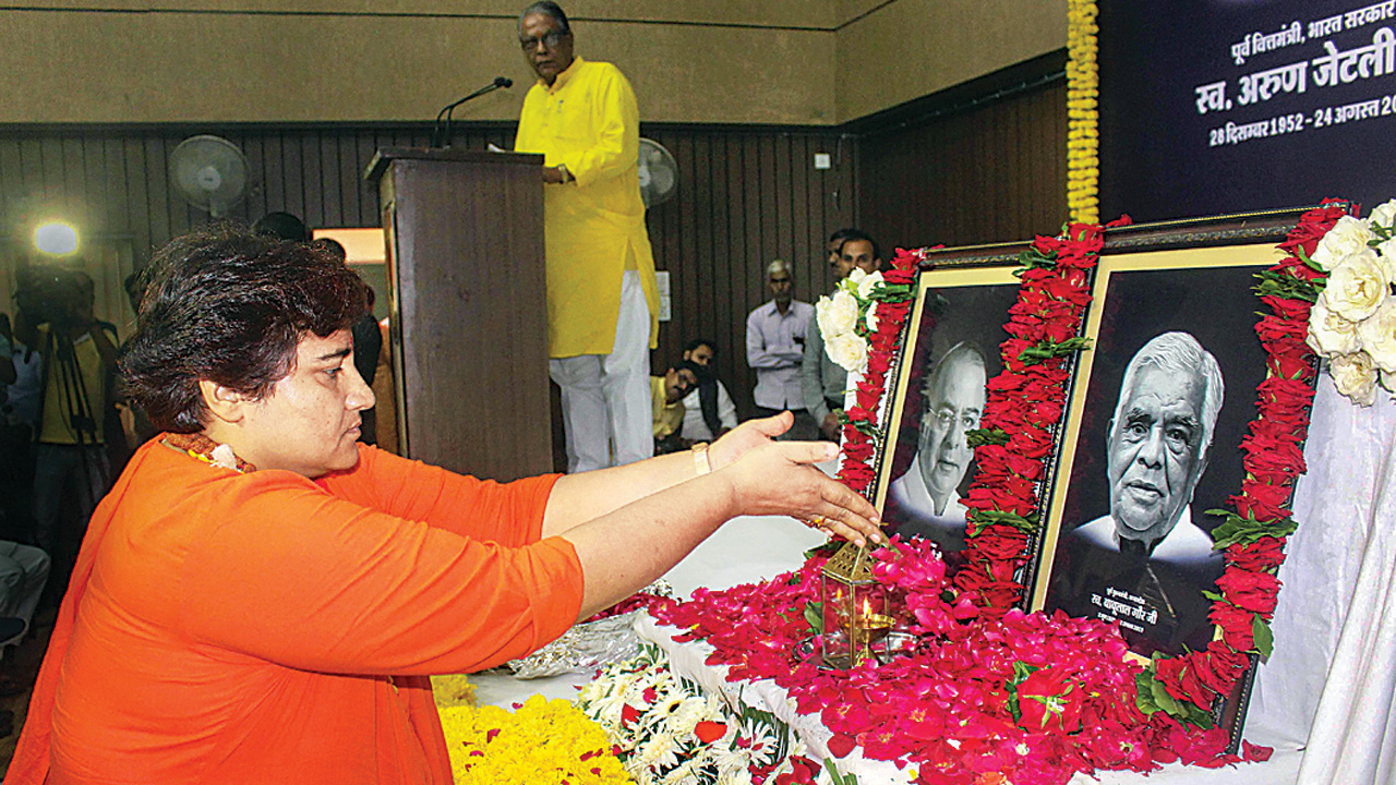 Pragya Singh Thakur's foot lands in her mouth again