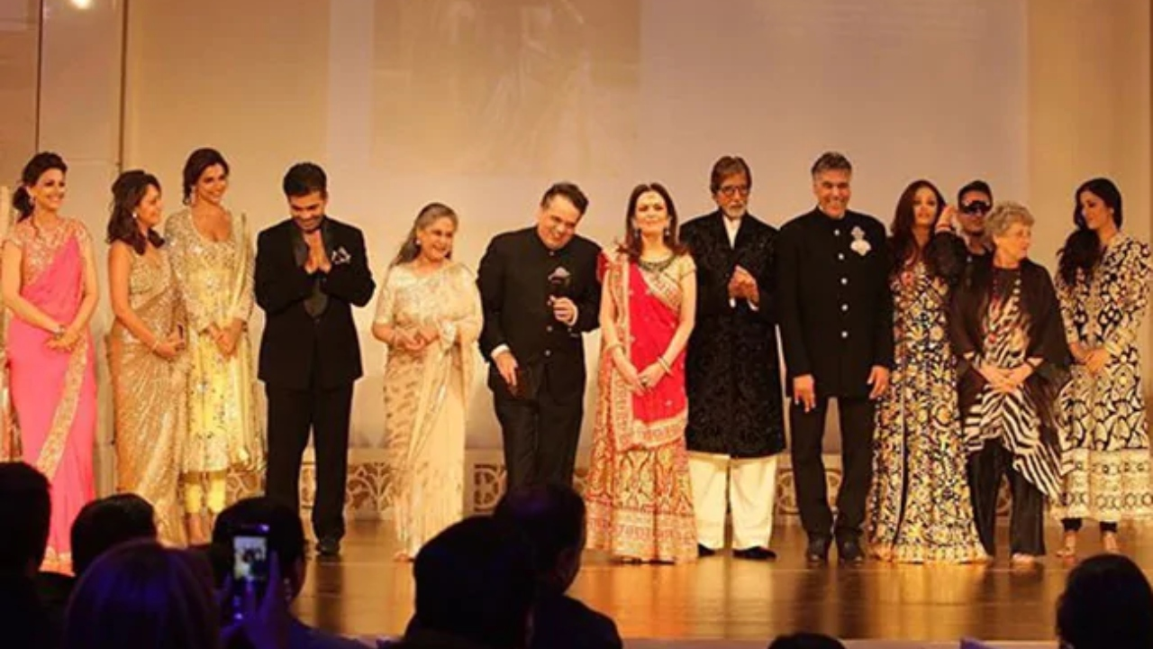 When The Bachchans, Ambanis, Deepika Padukone, Gauri Khan, Amrita Singh and Sonali Bendre shared the stage in 2012