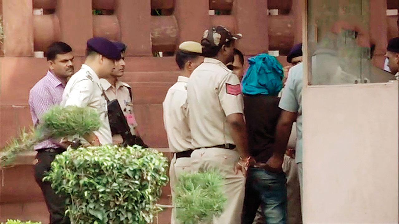 Dera chief Gurmeet Ram Rahim Singh's supporter arrested in bid to enter Parliament with knife