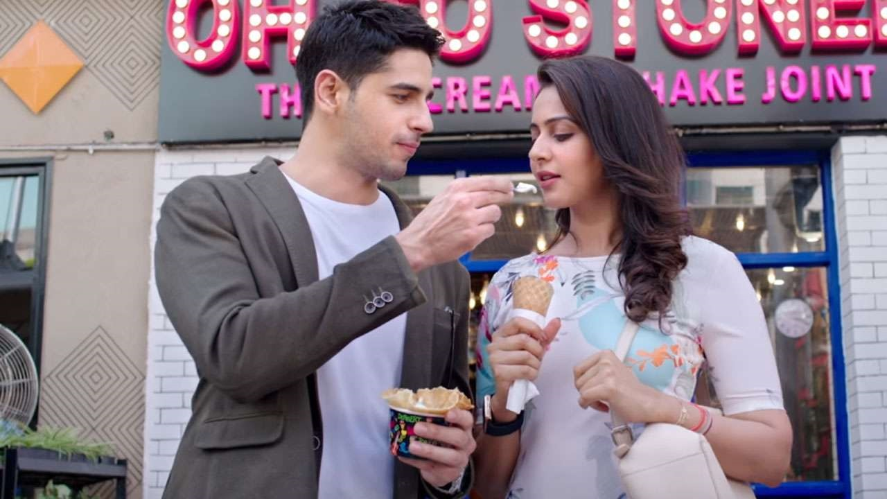'Marjaavaan': Sidharth Malhotra and Rakul Preet Singh to shake a leg on the recreated version of a song from 'Dayavan'