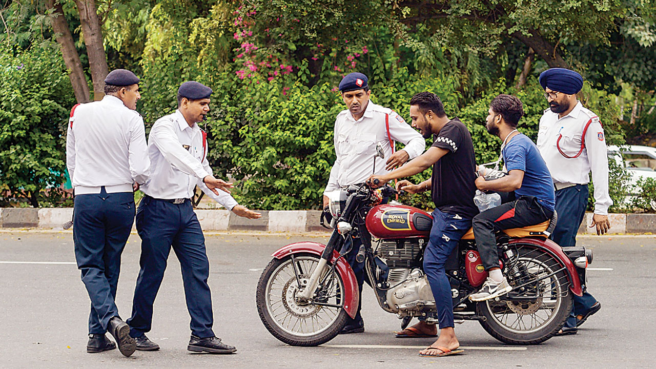 Odd-even scheme not needed in Delhi, says Union Minister Nitin Gadkari