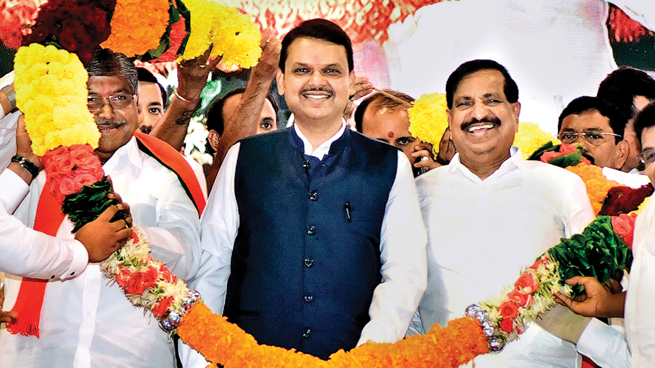 Maharashtra: Congress-NCP to lose bastions as desertions continue