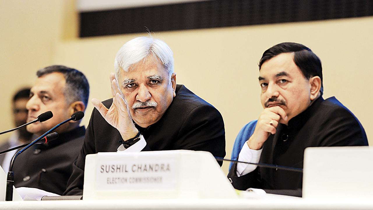 CEC Sunil Arora, ECs to review Maharashtra assembly poll preparations