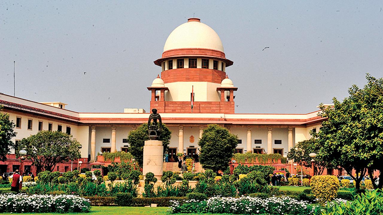 Ayodhya Dispute: 'Lotus could be nawab's emblem', says Muslim side lawyer