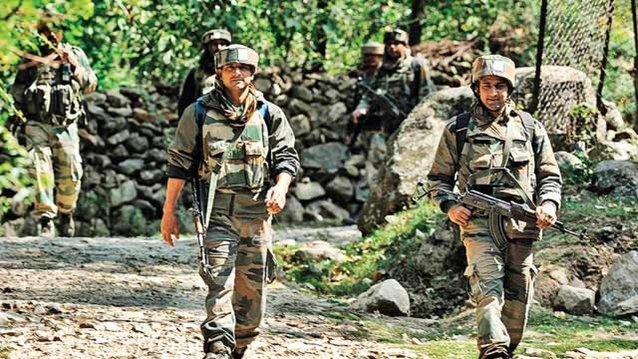 Jharkhand: Colleagues use torches to get soldier airlifted