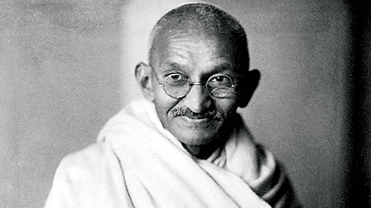 Lets pay tribute to Gandhiji by bringing in a constructive social change