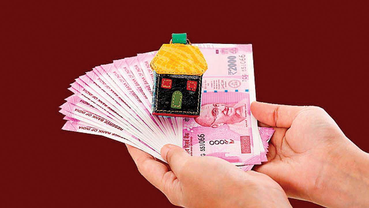 Gujarat: 'Pass on rate cut benefits soon'