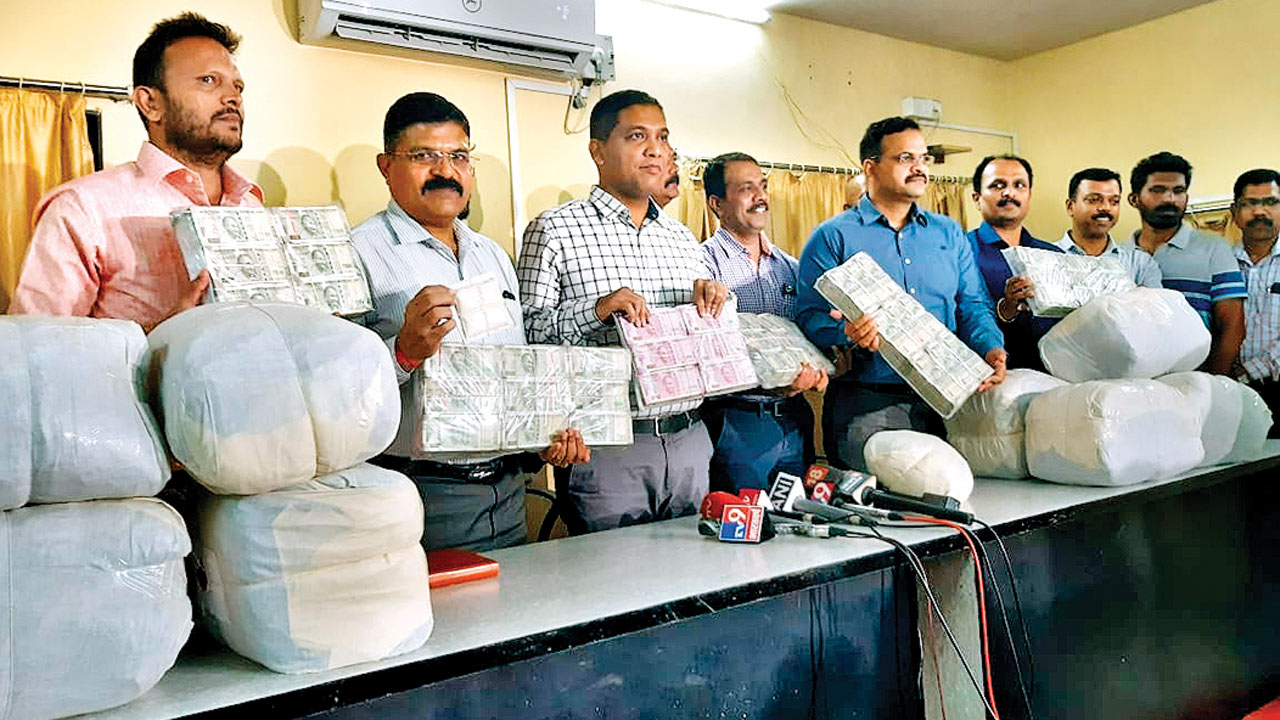Drug lords find new ways to peddle as Mumbai cops tighten noose