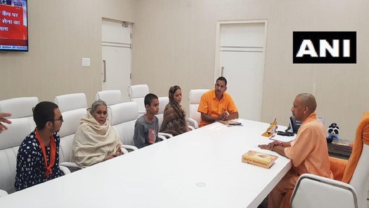 Kamlesh Tiwari's family meets UP CM Yogi Adityanath in Lucknow
