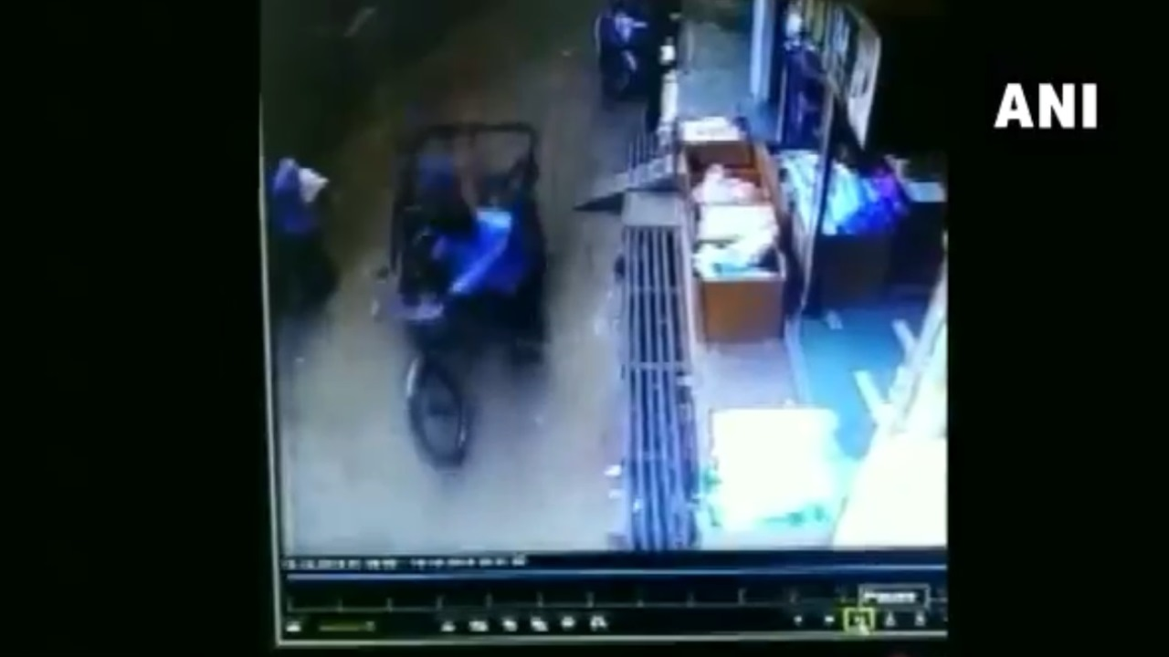 Watch: Dramatic escape for child as he falls from second floor to land on moving rickshaw