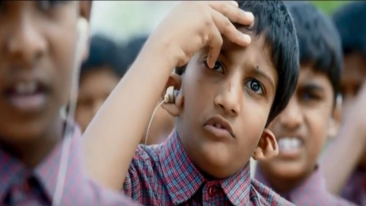 Watch: This video of hearing-impaired kids singing national anthem will give you goosebumps