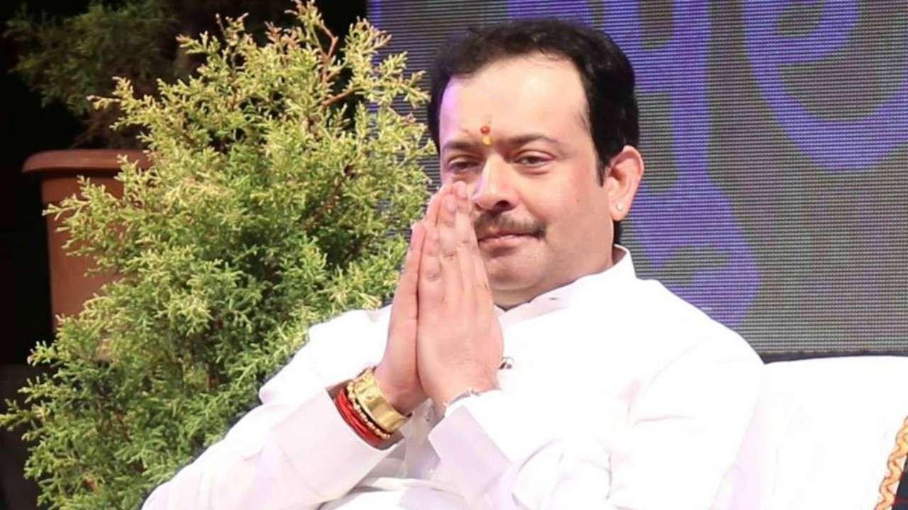 Spiritual guru Bhayyuji Maharaj commits suicide in Indore ...
