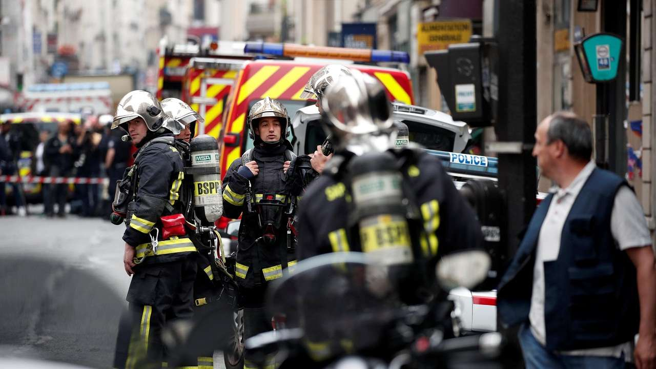 Arrest of gunman ends hostage siege in central Paris