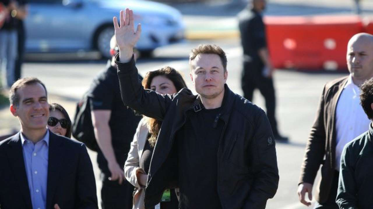 Elon Musk buys $25M in Tesla stock
