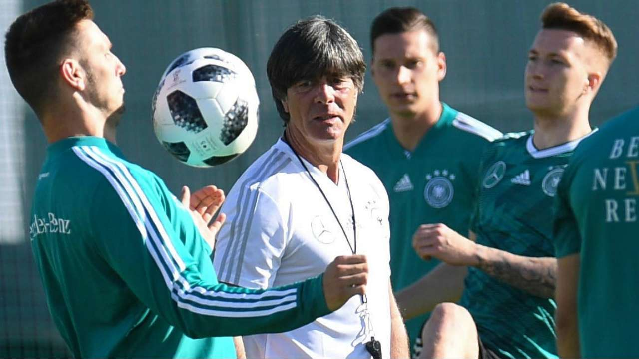 How Hirving Lozano's goal vs Germany caused natural disaster in Mexico