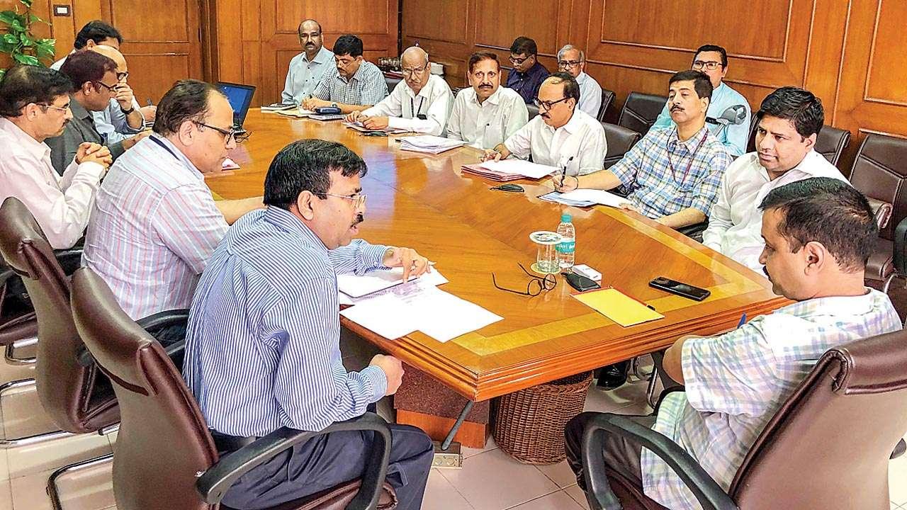 Image result for CM Arvind Kejriwal MEETING