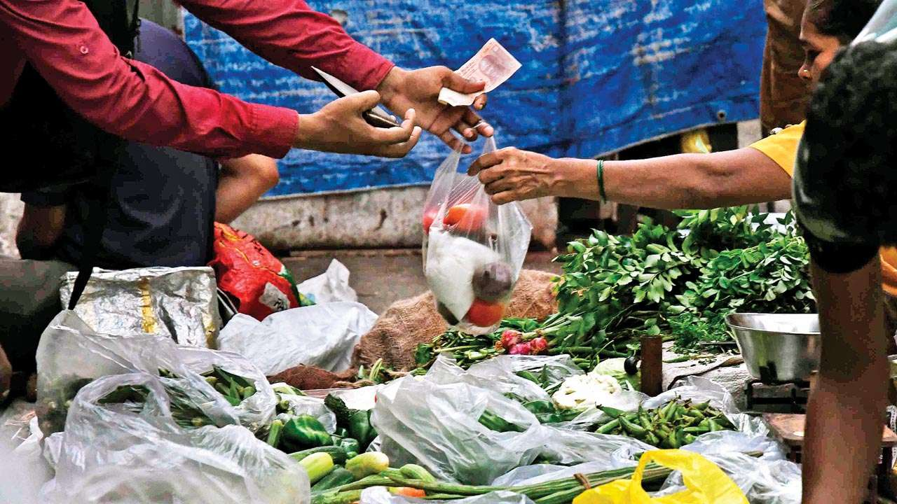 Traders bat for primary packaging at retail level in Maharashtra