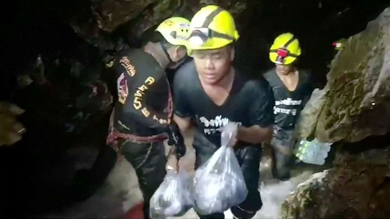 Trapped boys in Thai cave write touching letters to parents