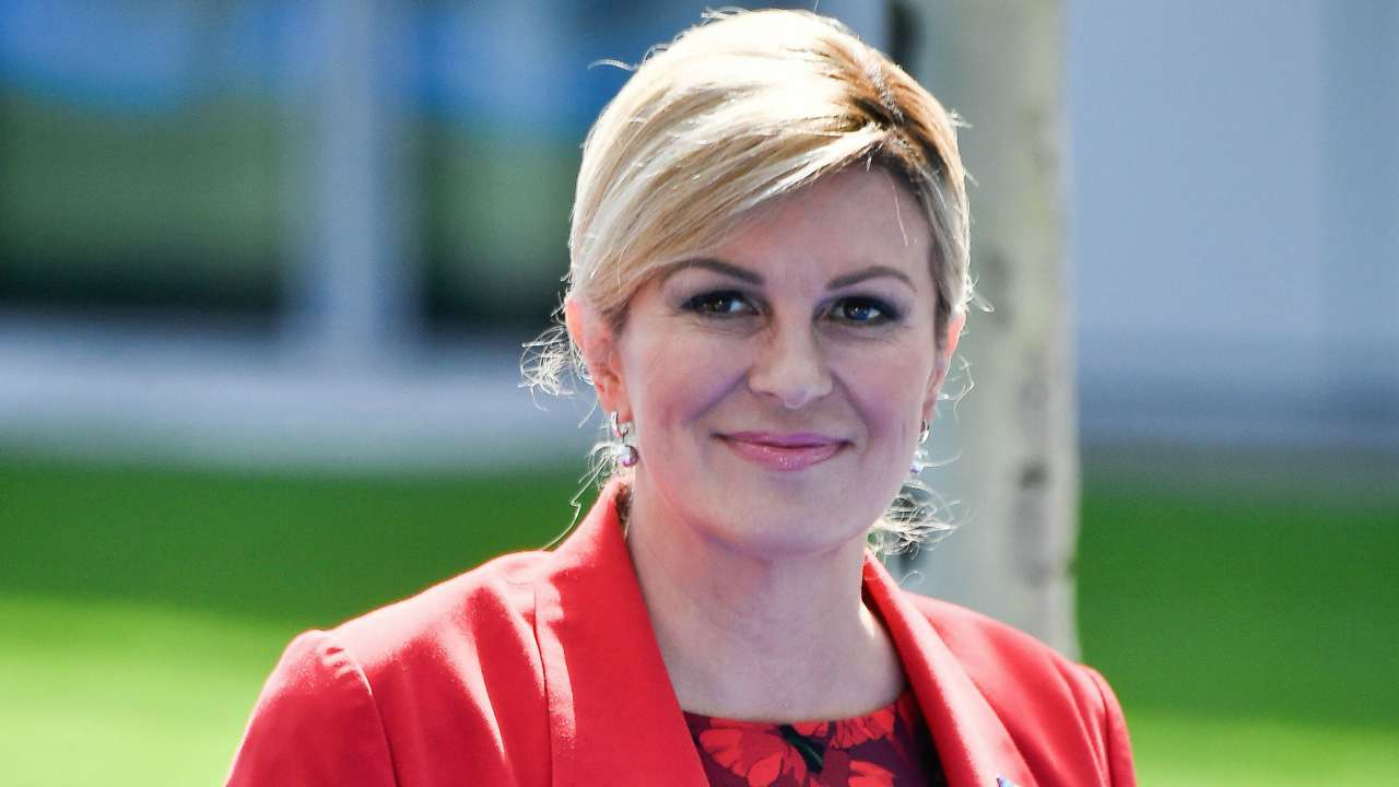Crazy Kenyans Pictured Lining Up For a Hug From Croatian President
