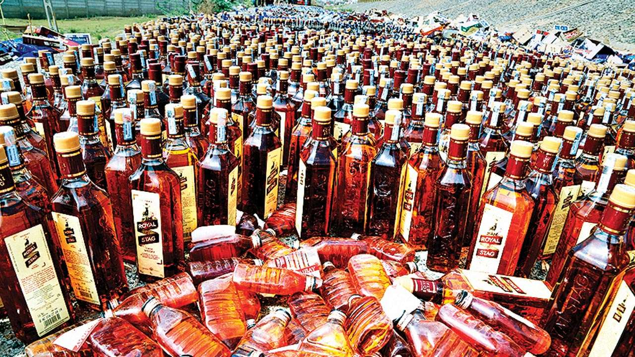 Two bootleggers nabbed by Delhi Police in two separate cases