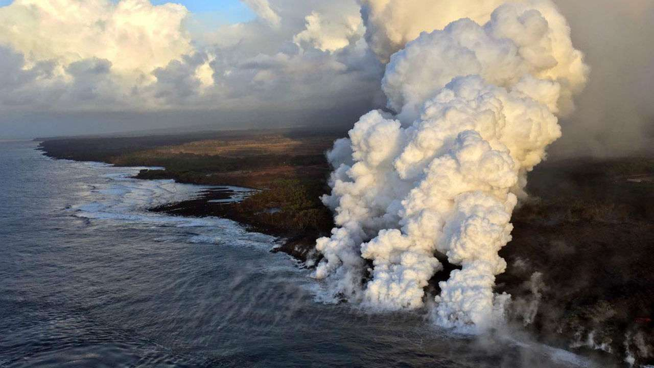 Lava flies through roof of Hawaii tour boat, injuring 13