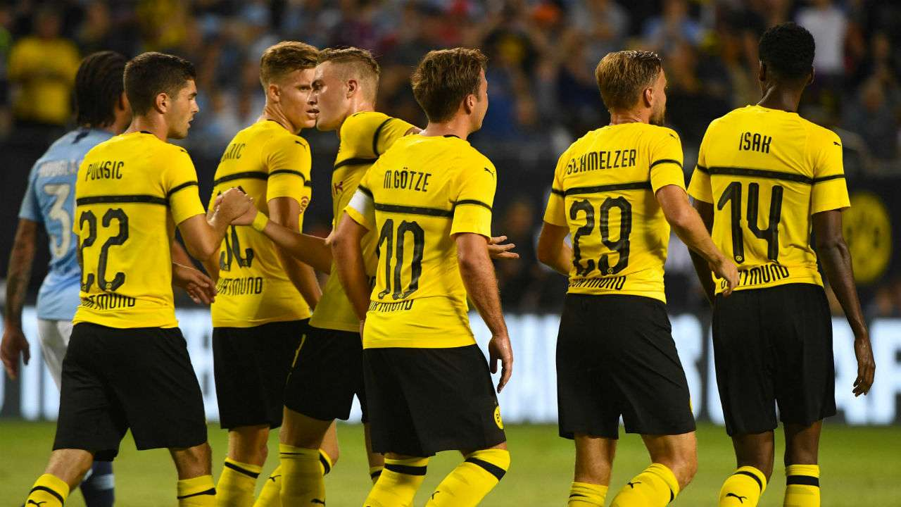 Manchester City suffer slim defeat to Borussia Dortmund