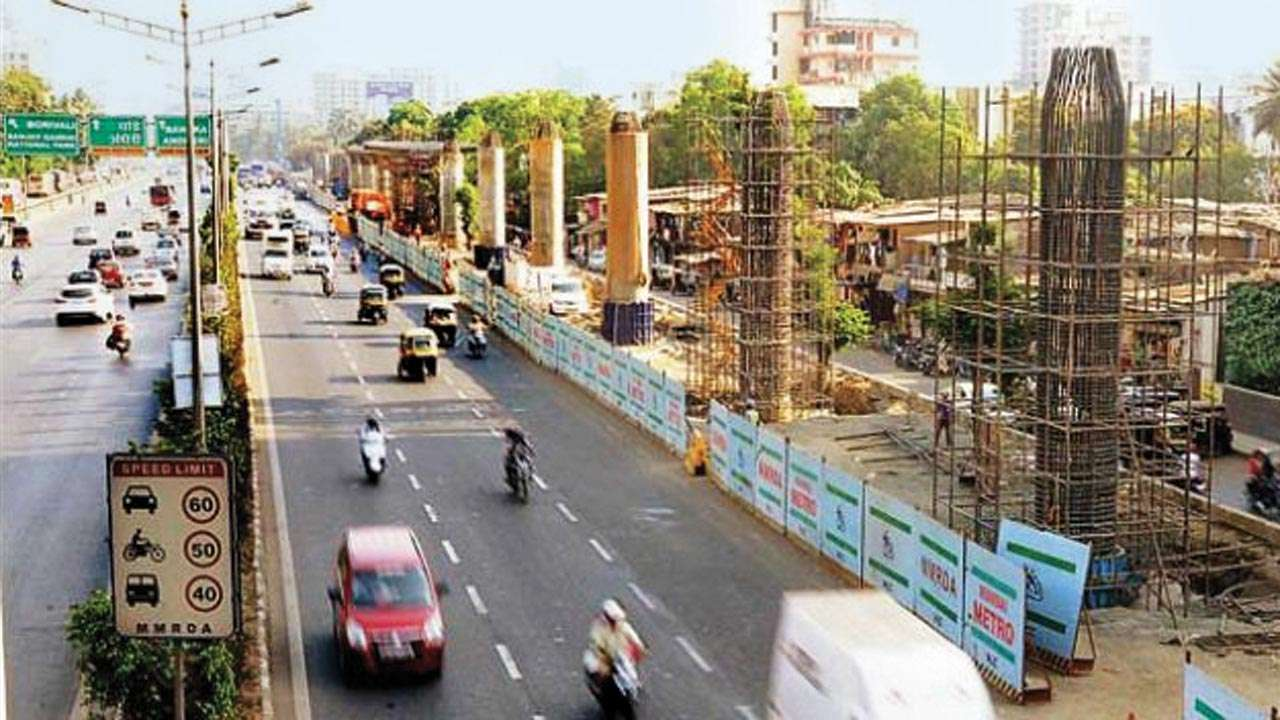 Mumbai: Metro work blocks Link Road at night