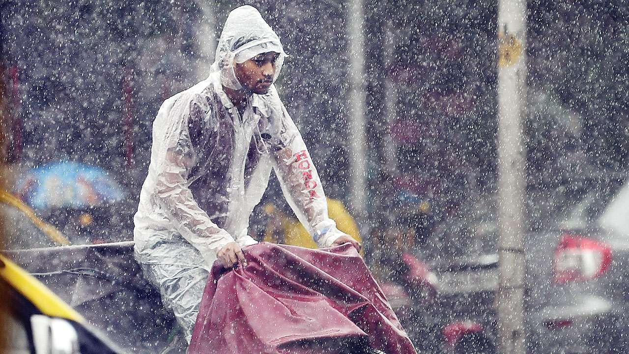Brace for heavy spells of rain for next two days in Mumbai: IMD