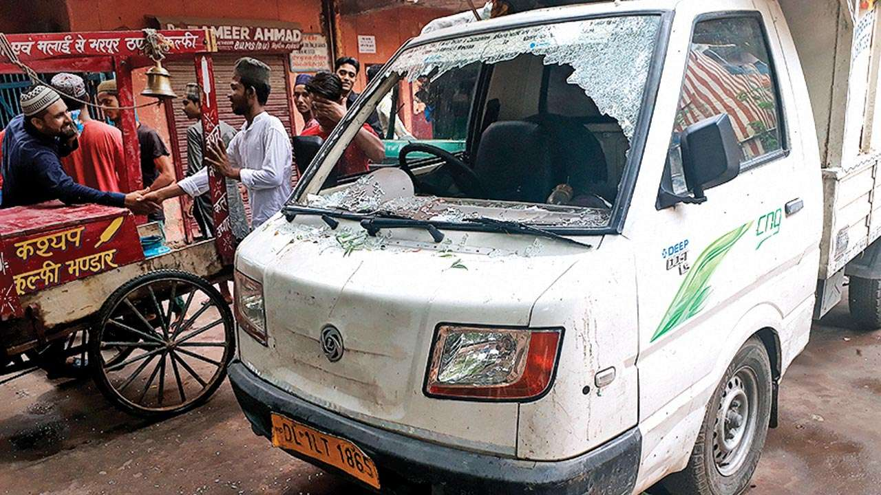 Petty fights given communal colour, say Trilokpuri locals