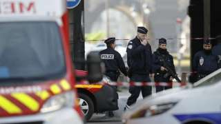 France: Woman shouting 'Allahu akbar' injures two with blade