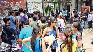 Delhi University servers under severe pressure in admission season