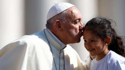 Separating children from their parents is immoral: Pope Francis condemns Donald Trump