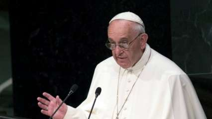 Pope Francis criticises Donald Trump administration policy on migrant family separation